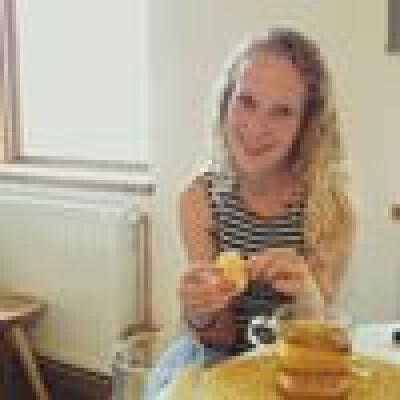 Janine zoekt een Kamer/Studio/Appartement in Den Bosch