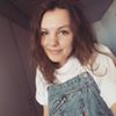 Ella zoekt een Kamer / Studio / Appartement in Den Bosch